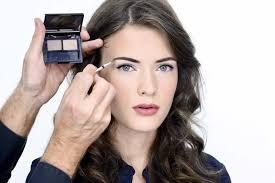 How to get buidable <b>eyebrow</b>
