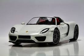 918 spyder white. modelcar porsche 918 spyder produced by minichamps 118 8 white 9