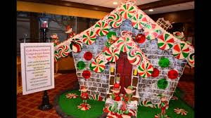 outdoor gingerbread house inspiration
