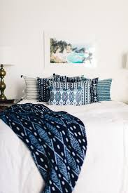 what color curtains with blue walls brown furniture best ideas about pillows on navy master