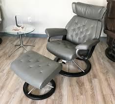 stressless skyline signature base paloma metal grey leather recliner chair by ekornes