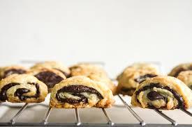 dark chocolate rugelach eggless