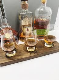 solid walnut whisky whiskey flight bourbon flight 3 glencairn gl whisky tray whisky tasting scotch set serving tray personalize with laser engraving