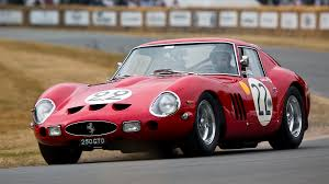 the 1962 ferrari 250 gto similar to the one above keeps breaking records on