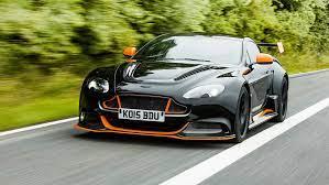 Fahrbericht Aston Martin Vantage Gt12 Auto Motor Und Sport