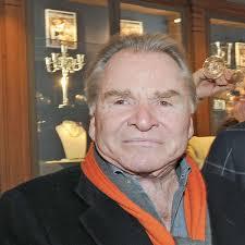Fritz wepper ist leidenschaftlicher jäger und absolvierte 1979 seinen jagdschein. Wepper Tochter Darf Wieder Auf Den Tennisplatz Rottach Egern