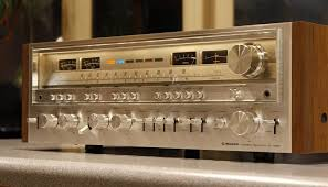 vintage sony receiver. complete your garage with vintage hifi looks and sound sony receiver