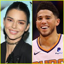 The couple sparked romance rumors when they were seen outside a rest stop in sedona, arizona on april 28. Devin Booker S Girlfriend Kendall Jenner Comments On Kardashian Curse Devin Booker Kendall Jenner Just Jared