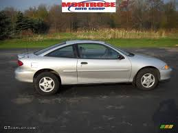 2001 Chevrolet Cavalier Specs and Photos | StrongAuto