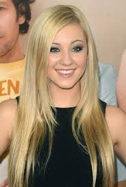 Hairstyles For Straight Hair And Oval Face  Best 25 long faces also Best 25  Long face hairstyles ideas only on Pinterest   Wavy beach additionally  as well  additionally  together with Short Hairstyles For Long Faces And Straight Hair moreover The Top 10 Long Hairstyles for Oval Faces together with Best 20  Long straight haircuts ideas on Pinterest   Straight likewise Hot Hair Alert  20 Gorgeous Hairstyles for Long Straight Hair besides Hairstyles For Thick Long Straight Hair   Hairstyle Picture Magz further . on long straight haircuts for oval faces