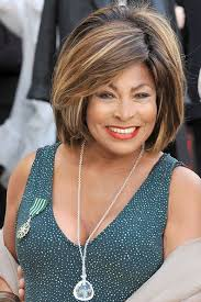 Tina Turner's neat bouffant kept her hair looked glamorous and big, but still sleek and well-managed. - Tina%2BTurner%2BShoulder%2BLength%2BHairstyles%2BBouffant%2BFyOsvDmkvtQl
