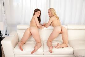 Alli Rae Amp Molly Jane Fuck In A Threesome After Playing With Sex.