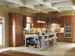 Cherry Or Maple Cabinets Mix And Match Your Cabinet Finishes For A Bold Look These Kemper