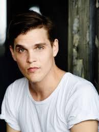 Benjamin Lillie - ProfileCard by castingvideos