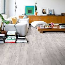 youtful living room with laminate floor