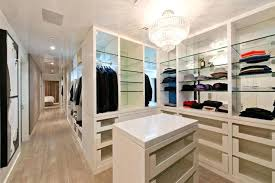 Huge walk in closets design Full Size Full Size Of Bathrooms Dublin 15 Bathroom Ideas Grey Closets Artistic For Home Interior And Large Hosur Bathrooms Ideas Pinterest 2018 Direct Yorkshire Discount Code Walk