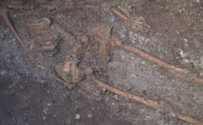 giant human skeleton in varna bulgaria