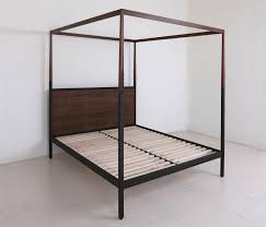 CANOPY BED - Beds from Uhuru Design | Architonic