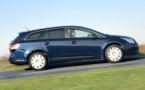 Toyota Avensis Tourer (2009 - 2015) Running Costs | Parkers
