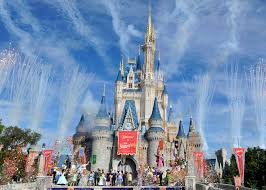 When are the Least Crowded Days at Disney World?