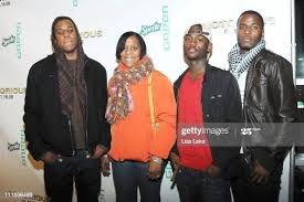Adefumi Garrett, Iva Garrett, Teyvon R. Briggs and Okewa Garrett... News  Photo - Getty Images
