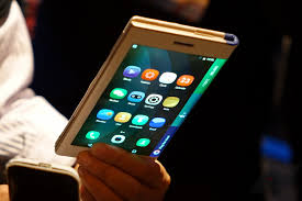 S Marques Samsung Smartphone Pliable