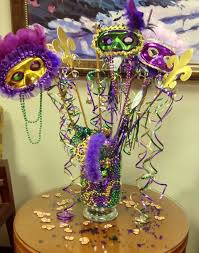 this is another piece i put together for our clinic mardi gras decor this
