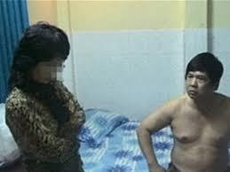 """Trường hợp xuất ngoại của Cù Huy Hà Vũ và bàn về Xuất khẩu """"zân chủ"""""""