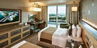 hotel deluxe. Deluxe Room In Marina Bay Sands With King Bed And Garden View Hotel
