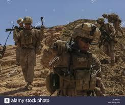 Marine Gunners U S Marine Corps Machine Gunners With 1st Battalion 7th Marine