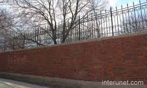 Small Picture Brick wall with metal fence on top interunet