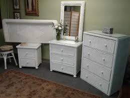 Beautiful 5 piece full size white wicker bedroom set for Sale in Rockledge, FL - OfferUp