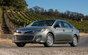 Anyone check out the 2013 Toyota Avalon hybrid? Update: I drove ...