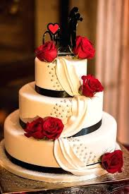 Black And White Wedding Cakes With Red Roses Three Tier Round White
