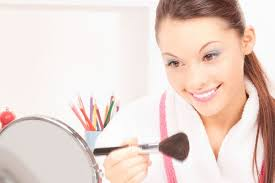 how long should you wait to wear makeup after pink eye mugeek vidalondon in bathrobe applying makeup lasik is an effective procedure that can