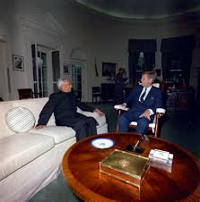 jfk in oval office. File:President John F. Kennedy With Indian President Sarvepalli Radhakrishnan, In The Oval Jfk Office