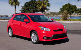2011 Toyota Matrix Reviews and Rating | Motor Trend