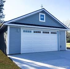 ... prefab garage ...