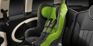 chauffeur hire cars to melbourne airport with child seat