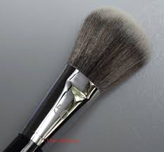 sephora no 50 blush brush 4
