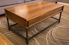 picture of how to make a coffee table with lift top