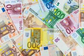 Originally, the euro was an overarching currency used for exchange between countries within the union. Eur Usd Price Forecast Euro Continues To Go Straight Up In The Air