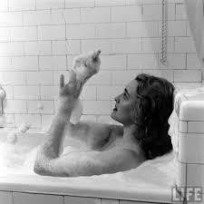 DRAGON: Patricia Neal / Bathtub City Chicago
