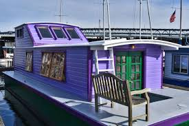 Houseboats In Seattle Seattle Houseboat Peace 240000 Sold Special Agents Realty