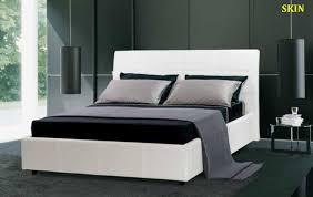 Letto contenitore stile classico: letto imbottito testata con