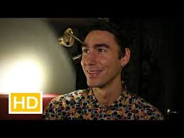Oscar: An interview with the indie pop singer-songwriter - YouTube