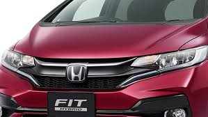 2018 honda jazz facelift. unique jazz the radiator grille has received a design revision on 2018 honda jazz facelift