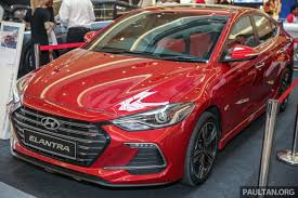 2017 hyundai elantra sport red. hyundai-sime darby motors (hsdm) is currently previewing the new hyundai elantra at mid valley megamall. not easiest of malls to reach, 2017 sport red e