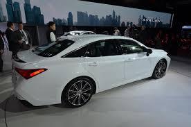 Toyota Recalls Avalon for Hot Sound System - autoevolution