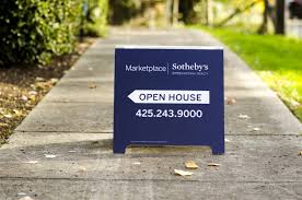 Make A For Sale Sign What The Best Real Estate For Sale Signs Have In Common